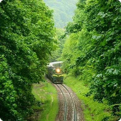 railTourism2-400x400electronicMagazine
